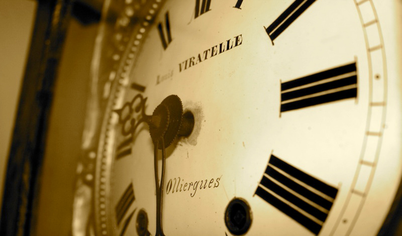 Credit Photo - Horloge Olliergues par Pimoo the French Photographer - licence CC-BY-NC